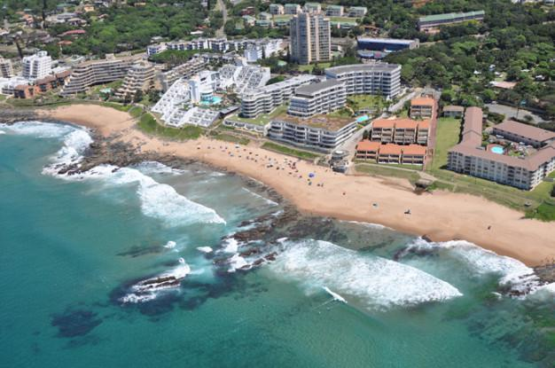 microlight view of ballito main beach