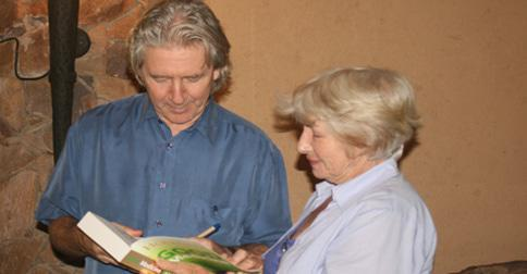 Margaret Bass chats with Patrick Holford after his informative talk.