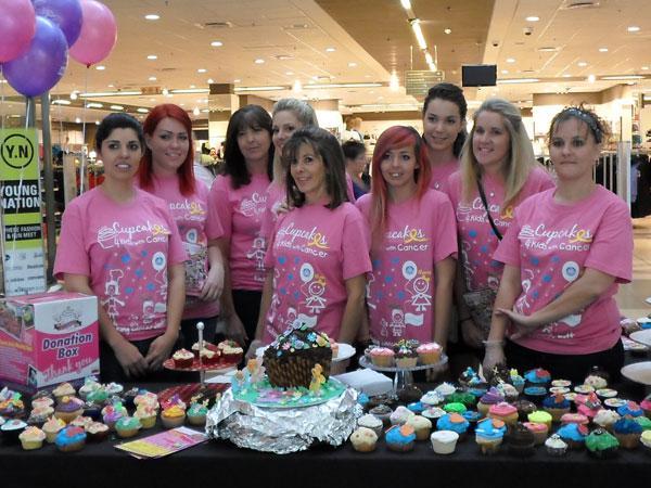 Cupcakes for Cancer Brits The Team : Tris Alves, Gwen Dumon, Linda Alves, Odette Venter, Sharon Nieman, Giselle Hammond, Caly Michaelides, Natalie, Adele Potgieter