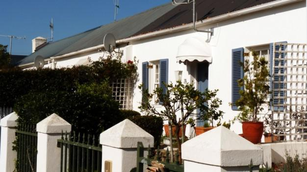 quaint bed breakfasts and rentals in the suburb of Tamboerskloof