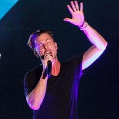 15 pics of One Republic's rocking Cape Town gig