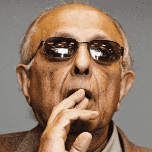 Cape Town honours Kathrada with Freedom of the City