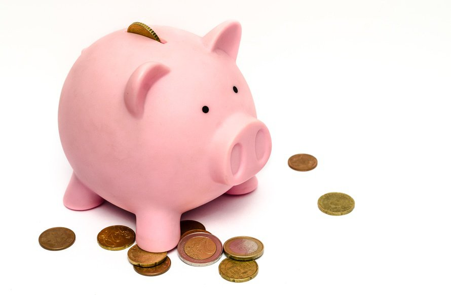 5 Financial new year's resolutions to implement now