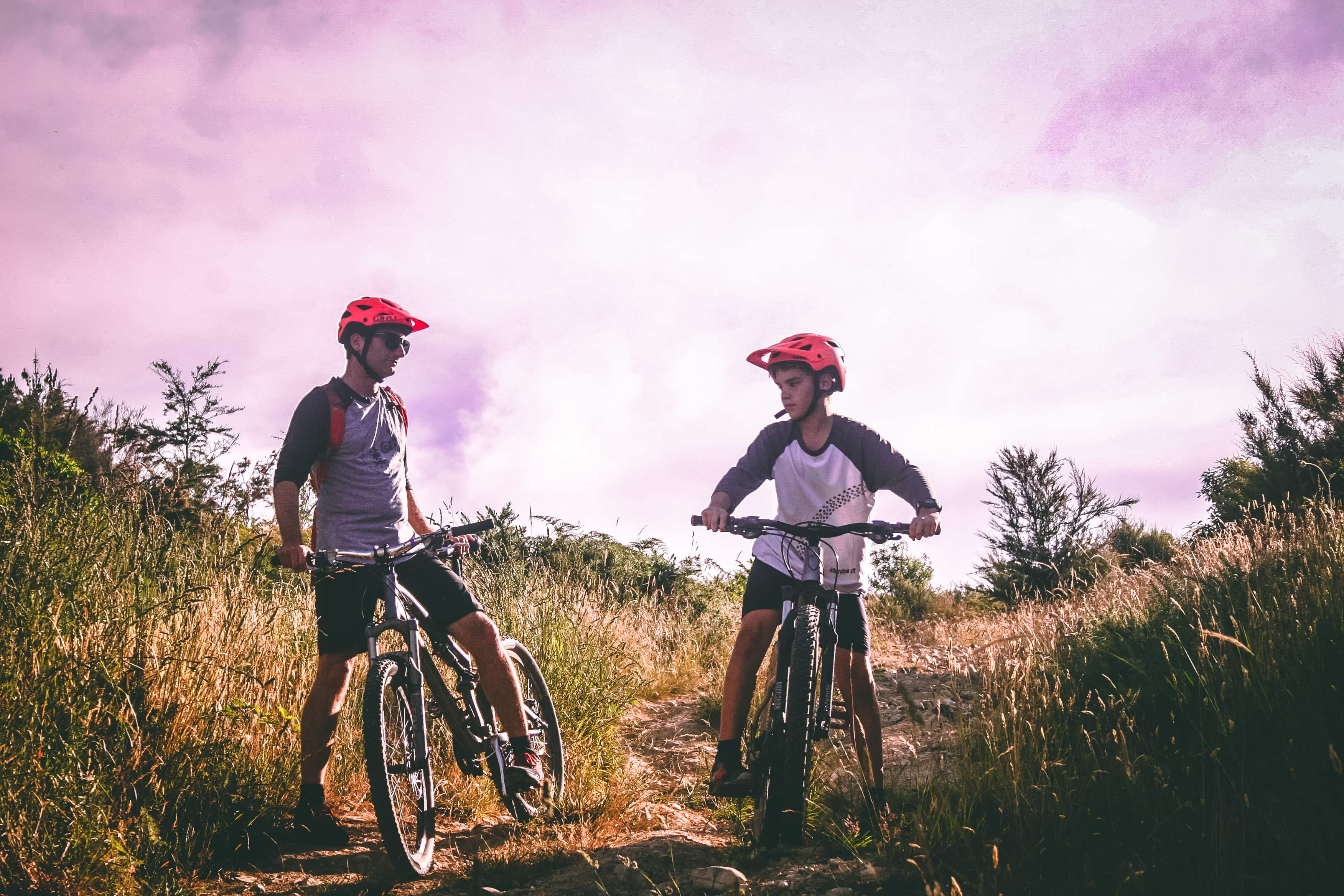 5 useful tips for when cycling with your family