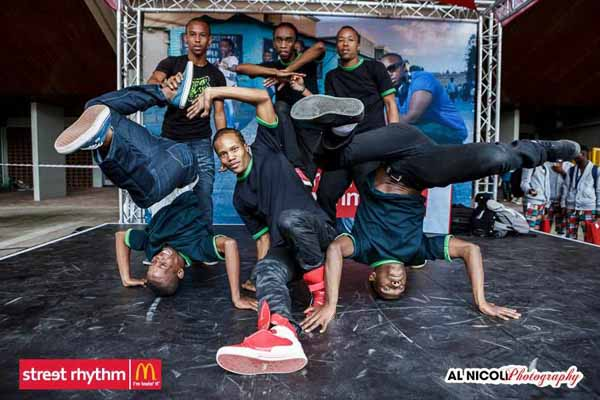 Rain Dance Dec 2013 featuring CHABUNK ~ Durban South Africa - YouTube