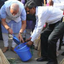 PM launches Clean India Campaign