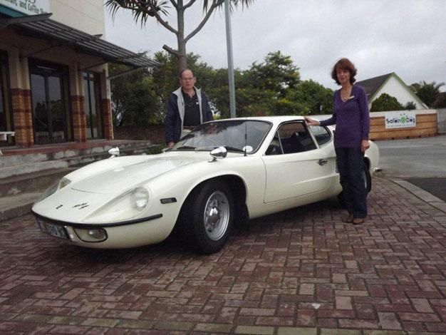 Classic Cars Come Out To Play News - Classy classic cars