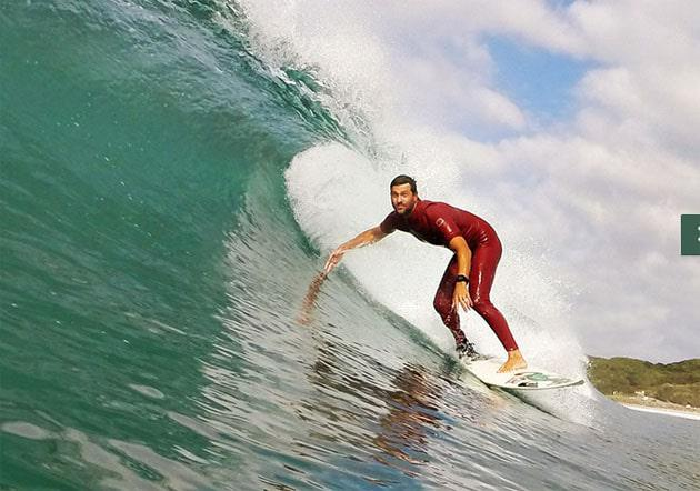 JP Veaudry surfing with his custom prosthetic leg