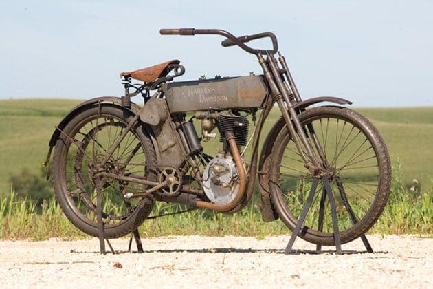 1909-vintage-harley-police-motorcycle-1