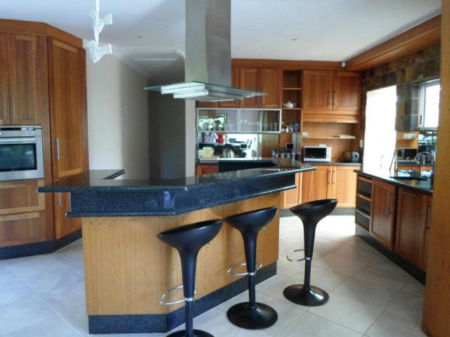 7 Bedroom House for Sale in Gonubie