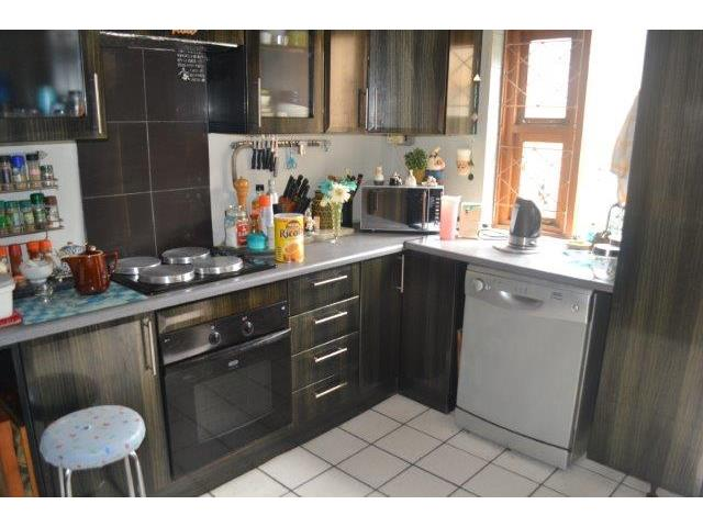 2 Bedroom House For Sale In Quigney East London