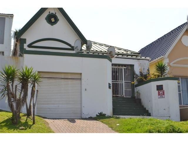 4 Bedroom House for Sale in Quigney