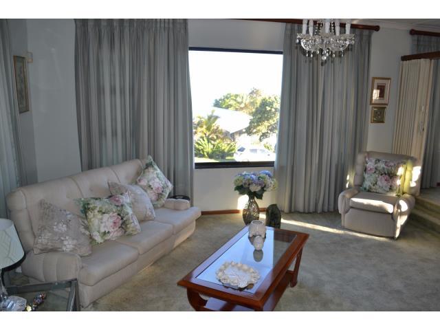 3 Bedroom House for Sale in Sunnyridge