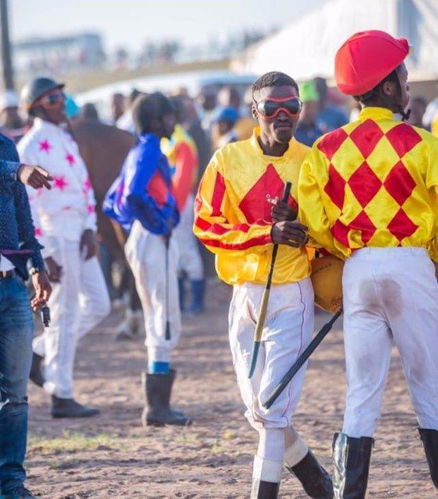 The Jockeys - Berlin November Traditional Horse Racing