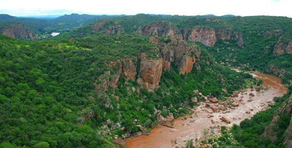 The spectacular Lanner Gorge borders the Makuleke contractual park