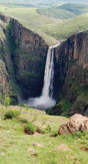 Maletsunyane Falls plummets 186 metres into a spectacular gorge. You can abseil down the cliff in its mist.