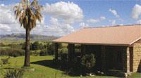 The sandstone farmhouse at Malutizicht Lodge.