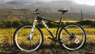 A hard-geared singlespeed is not the easiest bike to ride on the Eselfontein's singletrack, but bragging rights are guaranteed.
