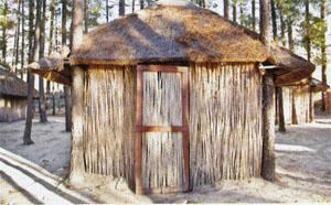 Thatched cottages offer affordable and eco-friendly accommodtion at Eselfontein