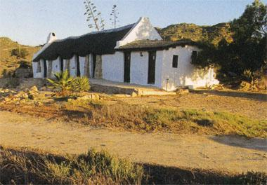 One of the historic vleihuisies that still stand on the shore of Verlorenvlei