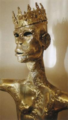 A golden sculpture of the King of Kings in Claerhout's church inThaba Nchu.