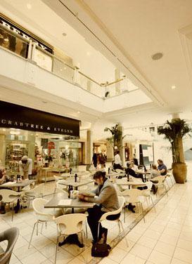 Hyde Park Corner Exclusive Shopping, Johannesburg