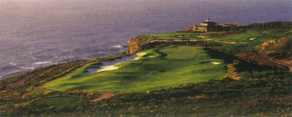 3. Even in a thunderstorm, Pinnacle Point is a visual feast and a challenging golf course to boot.