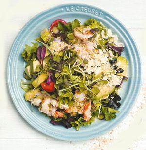 Chilli lime prawn and avo salad