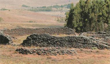 Stone ruins like Blaauboschkraal are scattered across the hills and there is heated debate about their origins