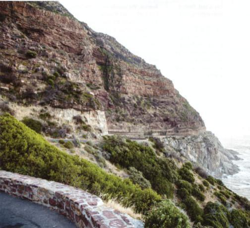 The snaking descent to Noord-hoek can be tricky, especially when it is wet, keep an eye out for stones in the road, the slope is still not secure, and probably never will be.