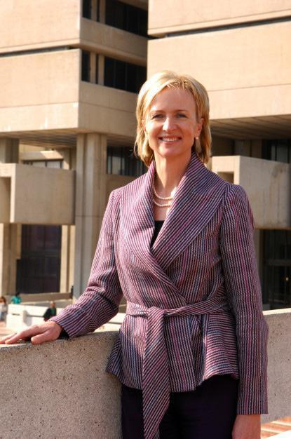 Ms Santie Botha