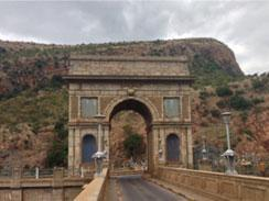 Arc de Triomphe - Dam Wall in Hartbeespoort