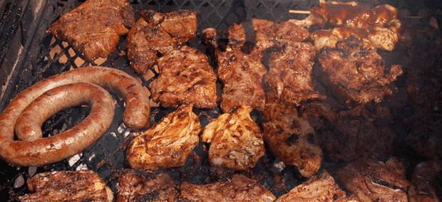Braai - Steak, Chicken & Wors, Salad & Dessert.