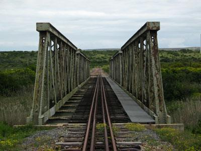 Train line crossing the bridge