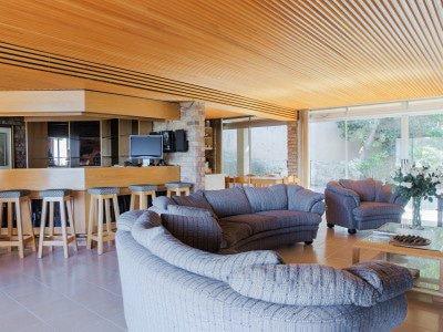 Sensational property offering breath-taking panoramic views