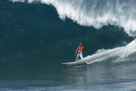 dreamstime_1099710.surfer jpg