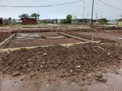 Qolweni housing project progressing steadily