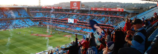 Bulls scoring try at Loftus, fans celebrating