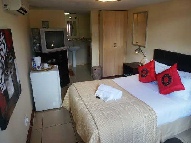 Tram Village Accommodation. Room 6