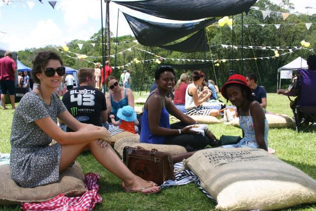 Relaxed Sunday Afternoon at the Urban Market