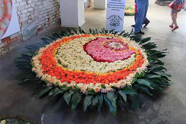 Ludwigs Spring Rose Festival Oct 2015 - Roses and Mandalas 6