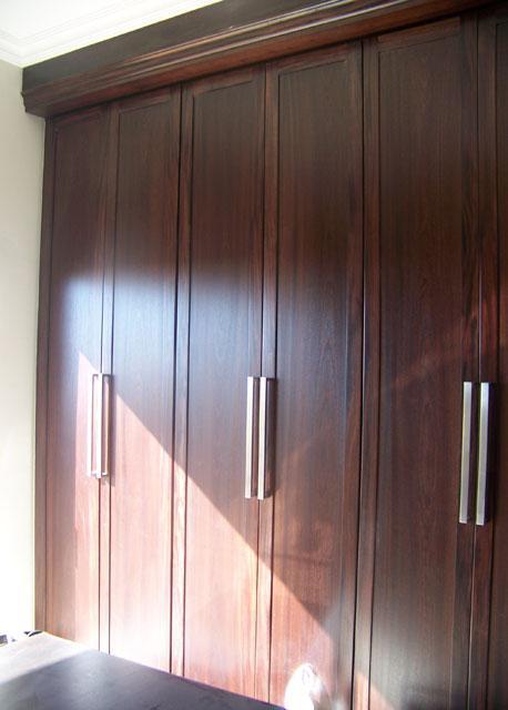 Kitchen Cabinets, Built-In Wardrobes & Bathroom Vanities ...