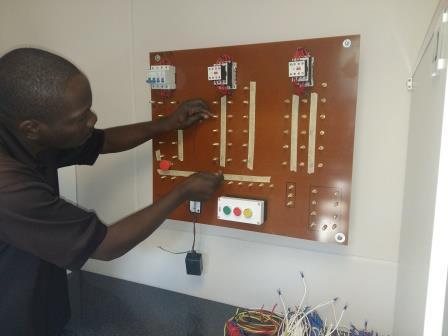 TTT2 Circuit Wiring Basic Principles on basic capacitor circuits, basic electrical lighting circuits, basic home electrical circuits,
