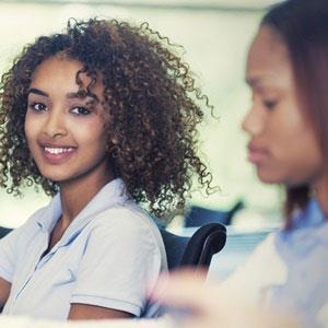 'Mumpreneur' expands her kids' hair salon concept