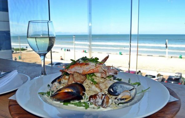 Sea view restaurants in SA