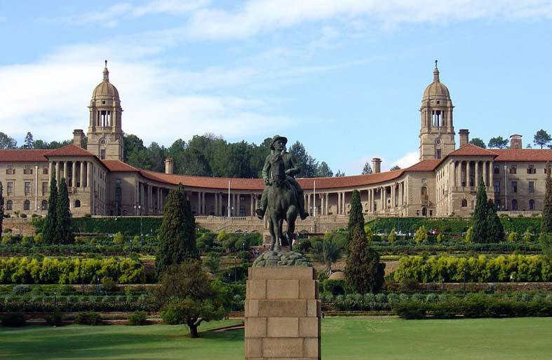 Visit neighbouring Pretoria for an unforgettable day-outing!