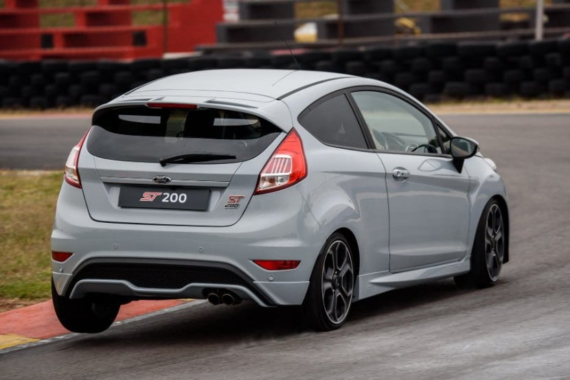 ford fiesta st200 sacrificing practicality in the name of fun south african news. Black Bedroom Furniture Sets. Home Design Ideas