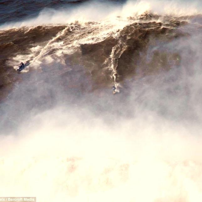 Has a British plumber conquered the biggest wave ever surfed