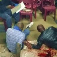 Congregation beat church robbers