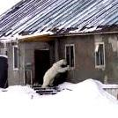 Woman chases off polar bear